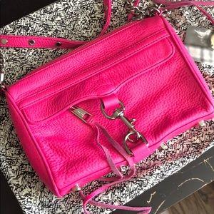 *Rebecca Minkoff* new hot pick cross body mini bag